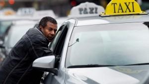 toronto-uber-taxi-dispute